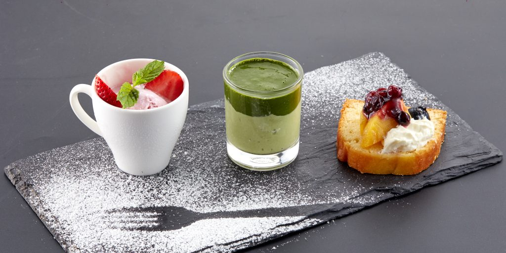 Tráng miệng hấp dẫn với kem Meiwa và bánh Pudding trà xanh