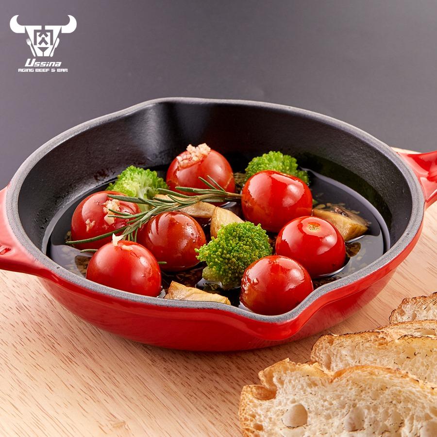 Ahijo Cà chua Hokkaido có nguồn gốc Tây Ban Nha được chế biến và sử dụng nguyên liệu Nhật Bản