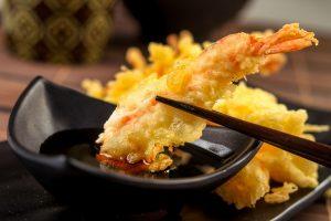 Tempura Tôm là món phổ biến có thể mix với nhiều món ăn khác nhau