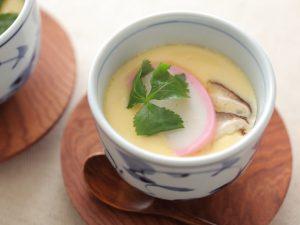 Chawanmushi là món trứng hấp thập cẩm có cách làm lấy cảm hứng từ món bánh của phương Tây