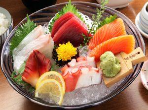 Sashimi là một món ăn truyền thống Nhật Bản