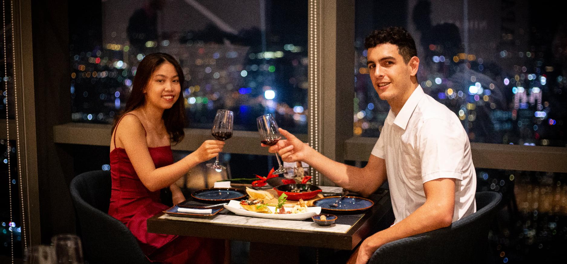 nhà hàng tỏ tình lãng mạn