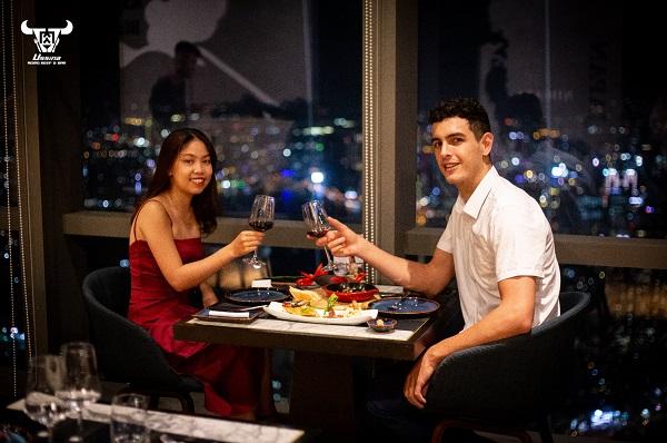 nhà hàng cầu hôn lãng mạn